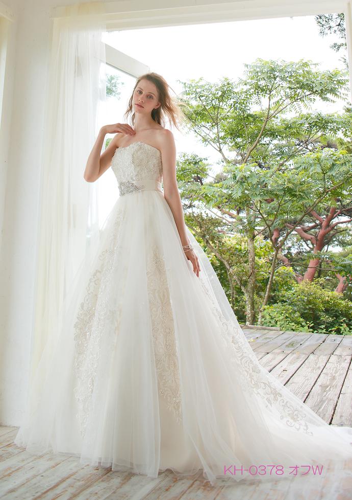 【KIYOKOHATA】ウエディングドレスのサムネイル