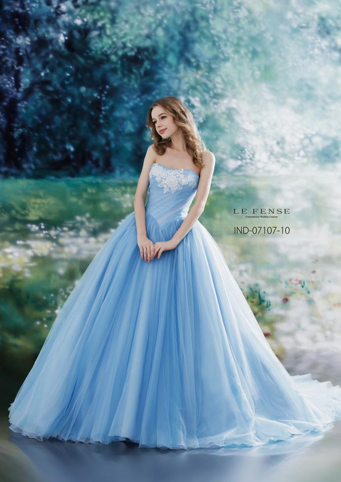 【LE FENES】カラードレスのサムネイル