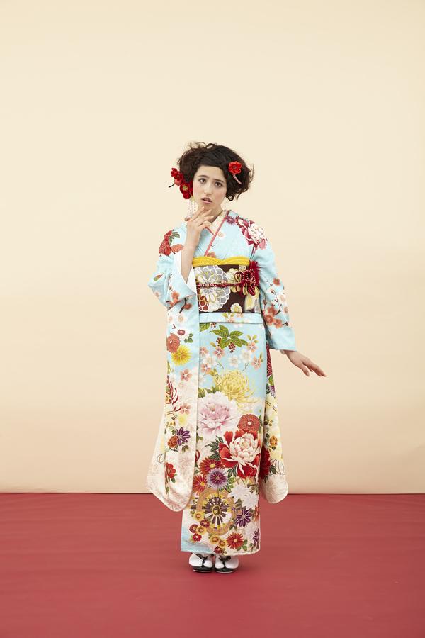 4月18日~26日 熊本本店 成人中振袖展示会ステージ4開催いたします。