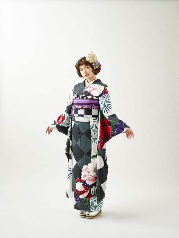 10月16日~24日 熊本本店 成人式中振袖展示会を開催いたします。